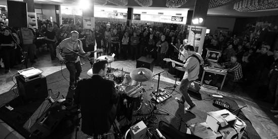 Počin na Českej bluesovej scéne v roku 2015 The Bladderstones (hudobná skupina)