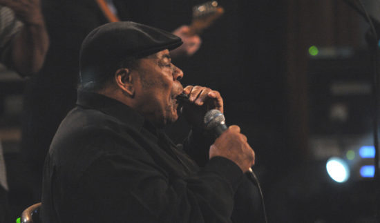 Legenda fúkacej harmoniky James Cotton