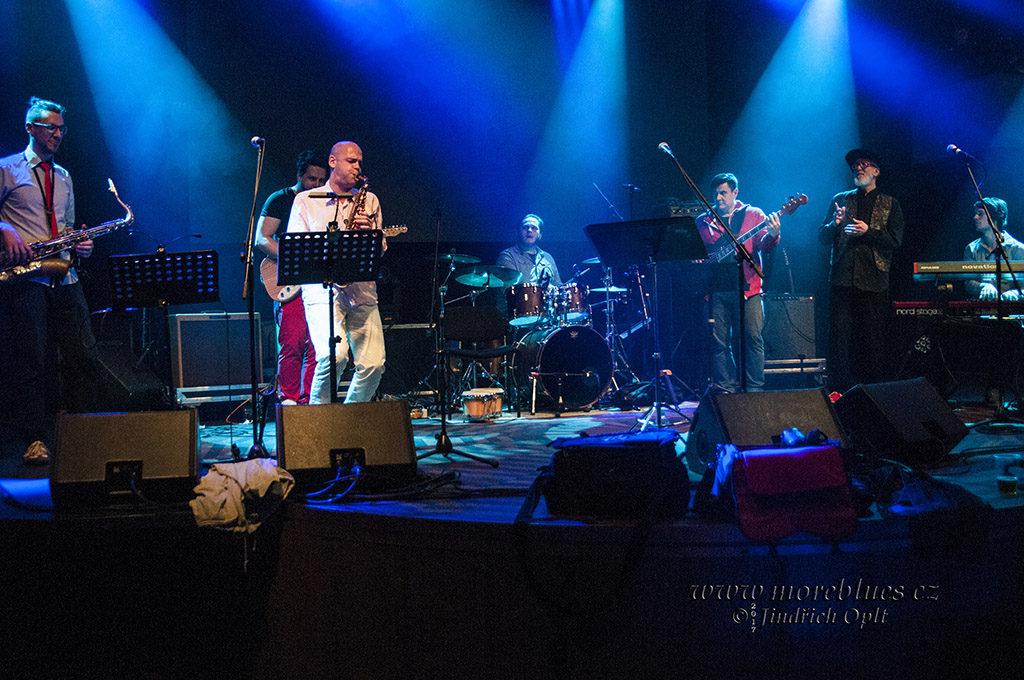 Bobby & His Houdaphone zahráli v Praze