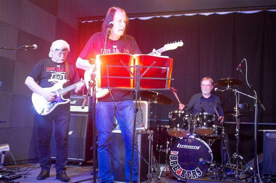 Trnavská skupina The Breakers krstila knihu 50 rokov bigbítu