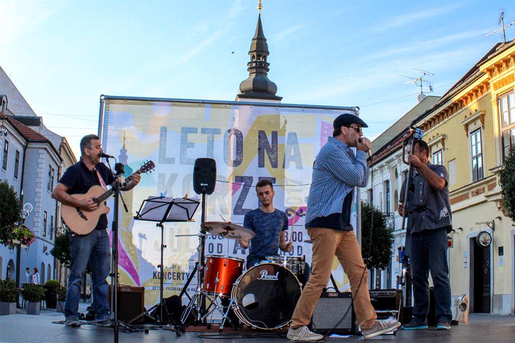 Bluesový koncert bluesový koncert trnavskej kapely Second Band v rámci projektu Leto na korze 2017 v Trnave