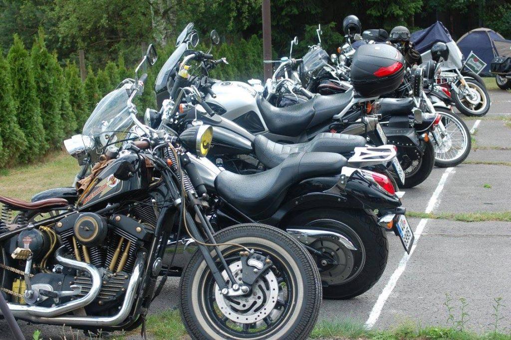 9. ročník srazu motorkářů Bizon Hill 2017 ve vesničce Provodín nedaleko Máchova jezera