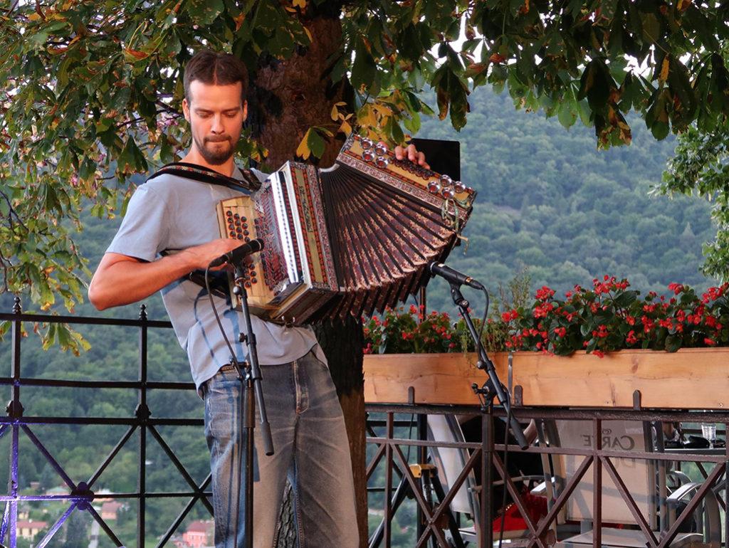 Miro Buzrla a Slovak Blues Project v Ústí nad Labem Střekovské hudební léto 2017 Hrad Střekov