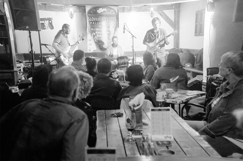 Medzinárodnú porotu i publikum na Slovakian Blues Challenge 2017 najviac zaujala blues-rocková kapela Kiero Grande z Veľkého Kýru