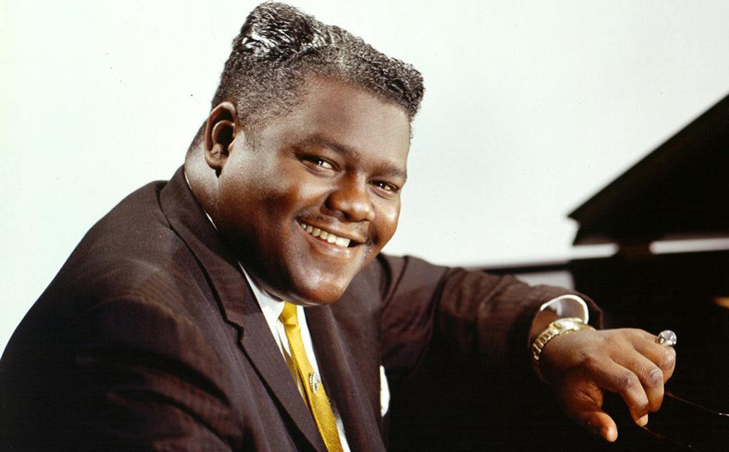"""V utorok 24. októbra nás opustil ďalší hudobný velikán. V Louisiane umrel vo veku 89 rokov legendárny US klavírista, spevák a skladateľ Antoine """"Fats"""" Domino"""