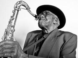 V Chicagu zomrel americký saxafónista Eddie Shaw
