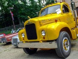 V Sobotke u Jičína sa uskutočnil 8. ročník zrazu amerických automobilov a motocyklov Rumcajsova V8