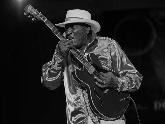 Zomrel Americký bluesman Eddy The Chief Clearwater predstaviteľ Chicago Blues