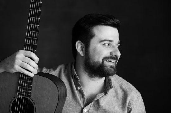 Finalistom celoslovenskej súťažnej prehliadky Slovakian Blues Challenge 2018 je aj gitarista a spevák Štefan Uhriňák