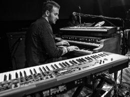Toronzo Cannon a Jack Broadbent v Lucerna Music Bar v Praze