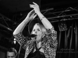 Elles Bailey & The BladderStones v klubu Scapino Kolín