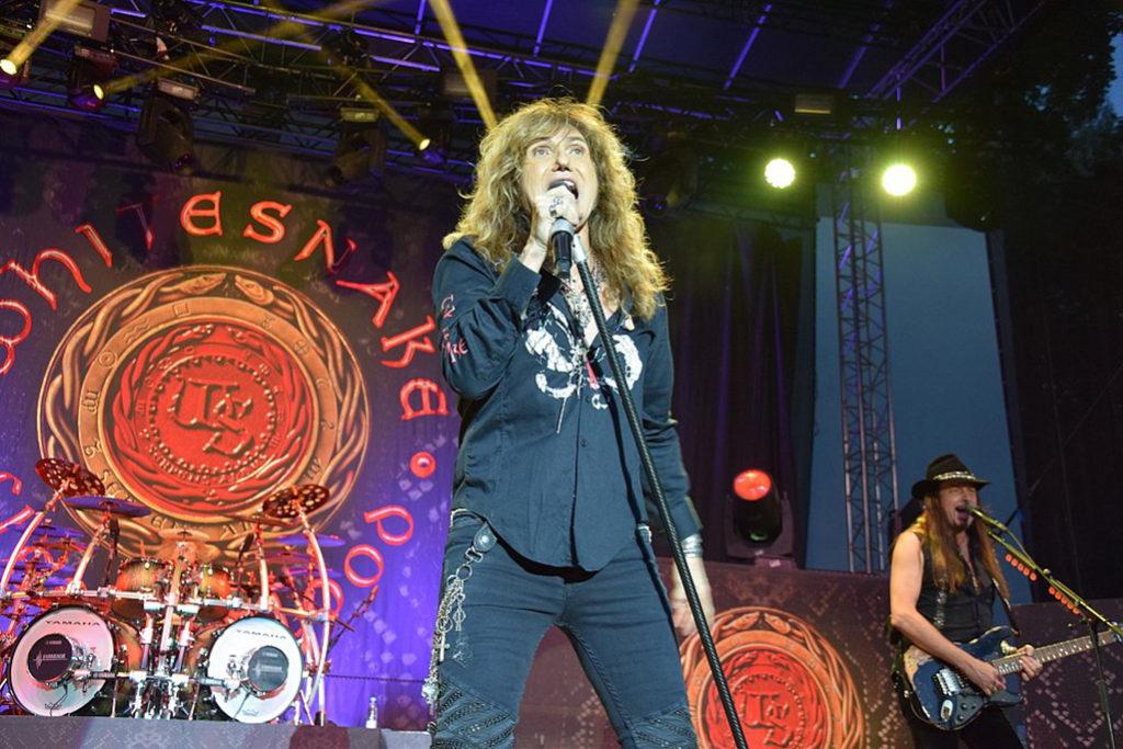 Koncert kapely Whitesnake v Seredi