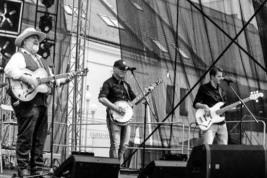 The Willie Jones Band v Trnave