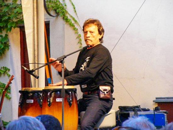 Tóno Šidlík - jubilant s bubeníckymi paličkami