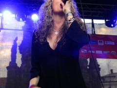 Dana-Fuchs-10