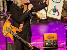 Gala-Blues-Top-2015-8