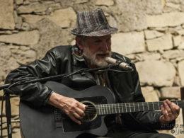 Bluesman Dr. David Evans koncertoval na zámku v Doudlebách.