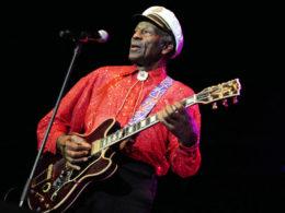 Chuck Berry má deväťdesiat rokov.