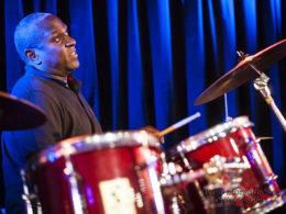 Jackie Venson z texaského Austinu a skvělý slepý bubeník Rodney Hyder