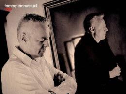 Austrálsky gitarista Tommy Emmanuel vydal album Accomplice One