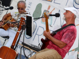 Koncert Dua Live Guitars v Trnave na Leto na Korze 2018