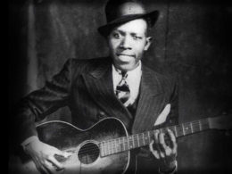 16. augusta 1938 v Greenwood, Mississippi zomrel americký bluesman Robert Johnson