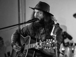 Shawn James koncertoval v Bystrém