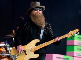 Zomrel Dusty Hill, basgitarista skupiny ZZ Top